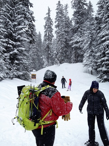 snowshoeing2_sm