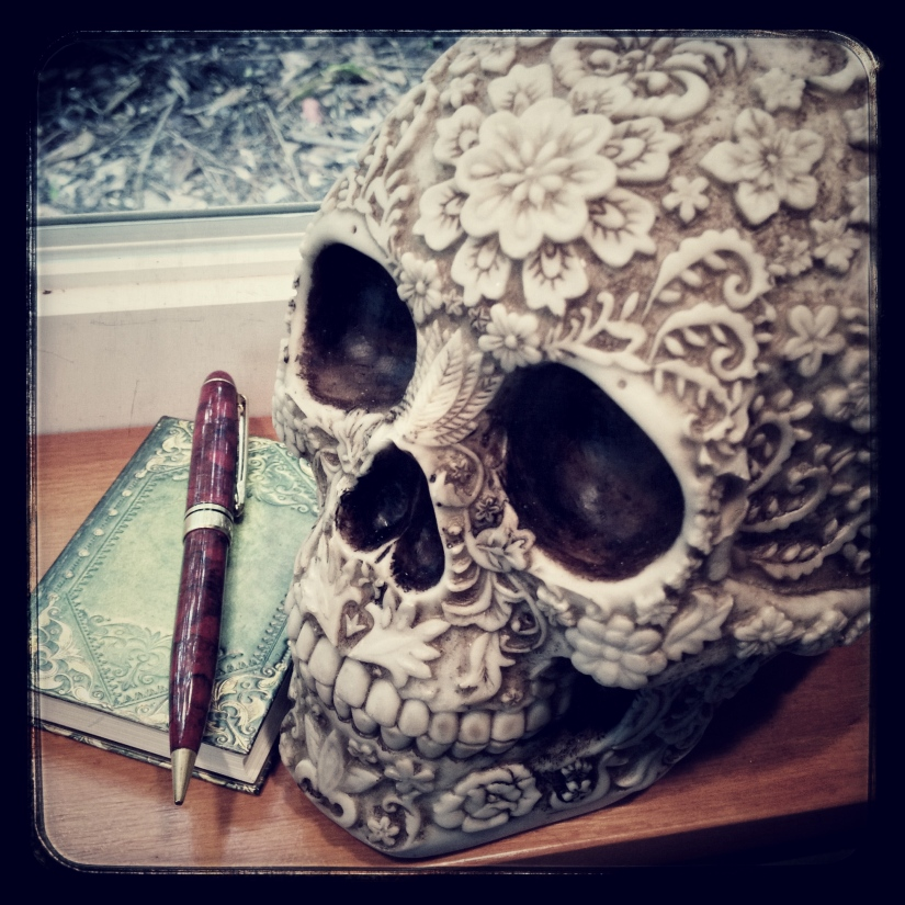 book-skull