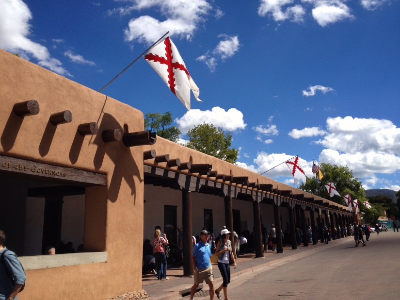 palace-of-the-govenors-santa-fe_29707675442_o