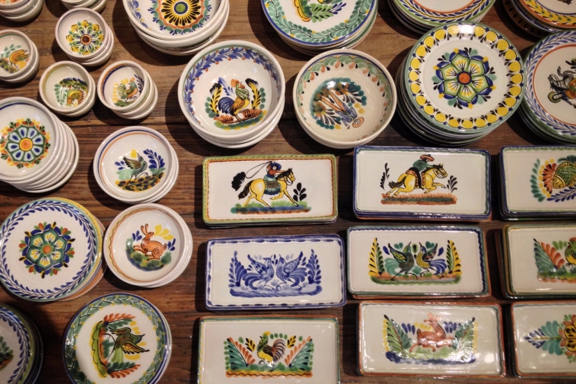 ceramics-for-sale-santa-fe_29527904680_o